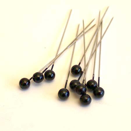 Sorte perler på nål -6 mm - 10 stk.