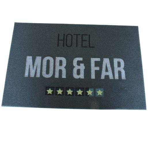 Billede af Dørmåtte - Hotel Mor og Far - Grå - 60 x 40 cm