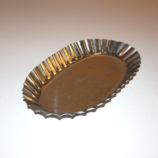 Zinkfad plissé kant, oval 31 cm